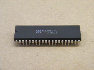 ICL7116CPL 31/2 DIGIT LCD DIGITAL VOLTMETER