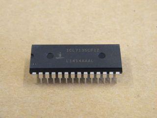ICL7135CPIZ 41/2 DIGITAL VOLTMETER