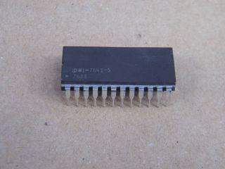 HM1-7641-5 HARRIS 512X8 PROM DIL24 =6341