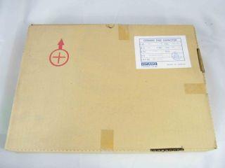 BOX 2000PZ  CERAMICO DISCO 560PF  50V NPO  HITANO HB1H561KB516A 560P