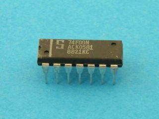 74F00N  LOGIC IC DIL14 SIGNETICS
