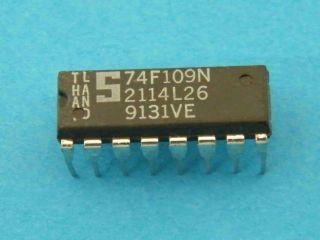 74F109N  LOGIC IC DIL16 SIGNETICS