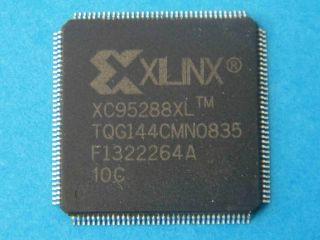 CIRCUITO INTEGRATO  XILINX   XC95288XL-10TQG144  TQFP-144