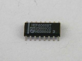 10PZ  CIR. INT. HEF4046BT PHILIPS SO16  = CD4046BN