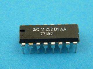 CIRCUITO INTEGRATO M252B1 SGS DIL16