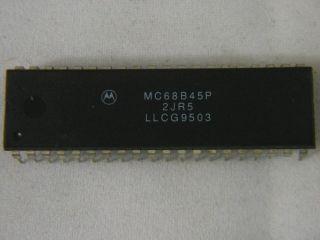 MC68B45P 2MHZ CRT CONTROLLER MOTOROLA DIP40