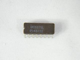 MC6875L MOTOROLA CLOCK GENERATOR