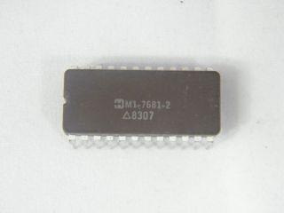HM1-7681-2   1K X 8 THREE STATE PROM HARRIS