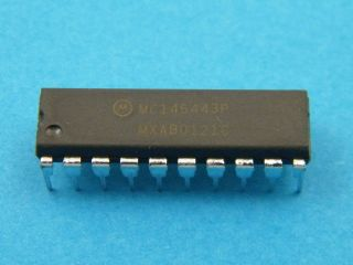 CIRCUITO INTEGRATO MC145443P MOTOROLA DIL20