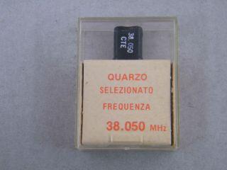 QUARZO SELEZIONATO HC49 38,050 MHZ