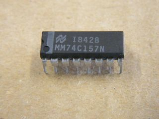 74C157 DIL16  QUAD 2 TO T1 DATA SELECTOR