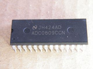 ADC0809CCN NATIONAL 8 BIT DCA DIL28