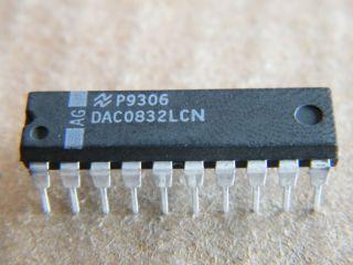 DAC0832LCN 8 BIT D/A CONVERTER NATIONAL DIP20