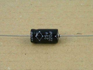 ELETTROLITICO ASSIALE 220UF 25V 8X22MM JAMICON